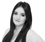 A black and white photo of Sarah Murray, mail manager at Rapid Formations.